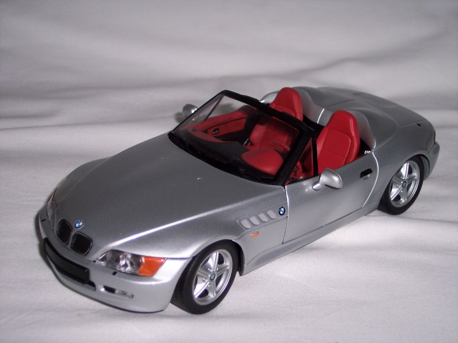 bmw z3 roadster speedster e36 silber ut 1 18 ebay. Black Bedroom Furniture Sets. Home Design Ideas